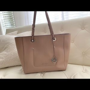 New Michael Kors Lager Leather Tote Purse